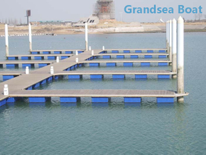 Durable And High Quality Yacht And Boat Pontoon Marina